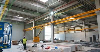 Bemutatták a gyulai gyár első legyártott alkatrészét