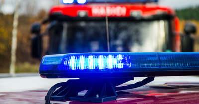 Félpályás útlezárás: busszal ütközött össze egy autó Zagyvarékasnál