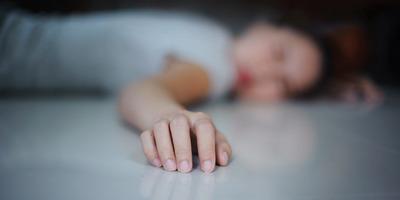 Két hónapja rosszul volt, majd kiderült, hogy egy hulla mellett alszik