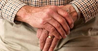 Napokra a lakása fogságába esett egy idős ember Keszthelyen