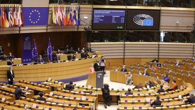 Az Európai Parlament illegitimnek tekinti a lengyel alkotmánybíróságot