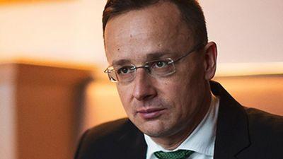 Provokálta Szijjártó Pétert a német riporter, megkapta a választ