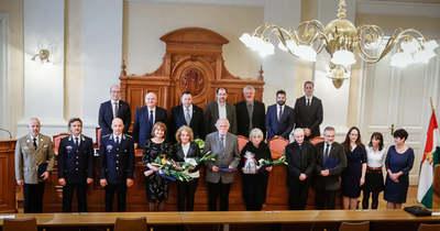 Elismerték a munkájukat – A Vas Megyei Közgyűlés ünnepi ülésén kitüntetéseket adtak át – fotók