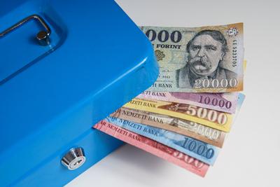 10 ezer forinttal már megfelezhetők a moratóriumi terhek