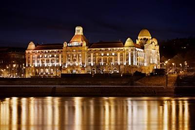 Emlékezetes programokkal búcsúzhatunk a főváros ikonikus szállójától