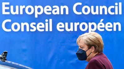 Merkel: Orbán az egyik legmagabiztosabb országvezető