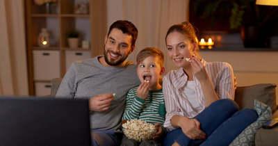 NMHH: hónapról hónapra ötszázféle új tévéreklámot sugároztak az első félévben