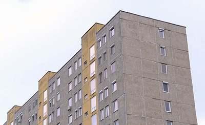 Sokkoló: a hatodik emeletről zuhant ki Zsolt Kispesten – Videó