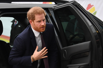 Megdöbbentő hír: lehet, hogy mégsem Károly Harry herceg vér szerinti apja
