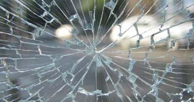 Ráfutásos baleset történt az M1-esen, Óbaroknál