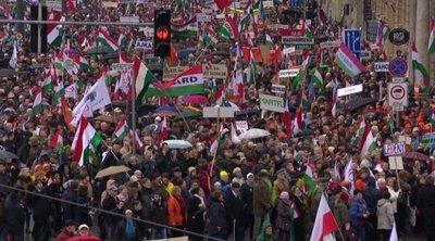 Békemenet és Orbán Viktor ünnepi beszéde – élőben a HírTV műsorán