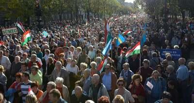 Itt követheted élőben a Békemenetet és Orbán Viktor beszédét