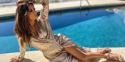 Eva Longoria vizes hajjal, apró bikiniben mosolyog a kamerába - fotó