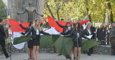 A forradalom hőseire emlékeztek Szekszárdon is