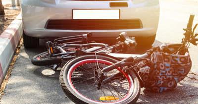 Elhunyt a Békéscsabán elektromos kerékpárral baleset szenvedett nyugdíjas