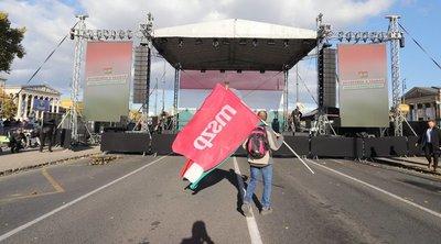 A Békemeneten több százezren, a baloldal rendezvényén alig néhány ezren jelentek meg