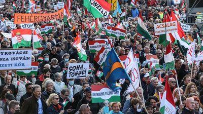 A kormány melletti kiállás és egyben a baloldal elleni demonstráció is volt a Békemenet