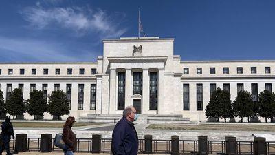 Carl Icahn: Rossz vége lesz az elhúzódó pénznyomtatásnak