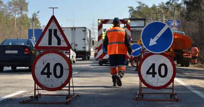 Ezeken a pontokon lassíthatják közúti munkálatok a forgalmat