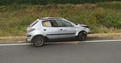 Baleset után hátrahagyott autót fosztott ki három férfi Hatvan közelében