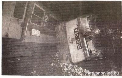 Hogy történhetett meg a drámai vonat-tehervonat-buszbaleset Gyöngyös közelében?