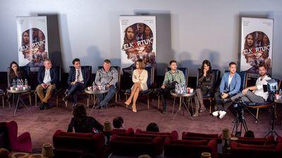 A 2006-os politikai szereplőket üres szék képviselte az Elk*rtuk közönségtalálkozóján