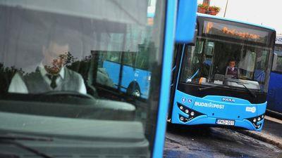 Húsz busz árát égette el eddig a főváros a reklámtenderen