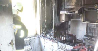 Az egész konyha kiégett a siófoki Bláthy Ottó utcában