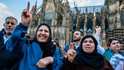 Rabszolgaként tartott jazidiket, majd megölte őket egy ISIS-harcos német felesége