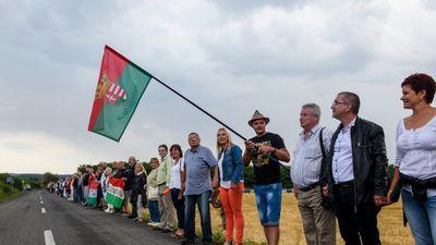 Csak a magyarok járnak pórul Szlovákiában