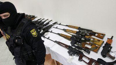 """Hecckampány folyt a TEK ellen a """"kellékfegyverek"""" miatt"""
