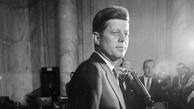 Kennedy hozzátartozói: Biden hozza nyilvánosságra az elnökgyilkosság még titkosított dokumentumait!