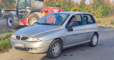 Munkagép és személyautó ütközött Vasszécsenyben – fotók