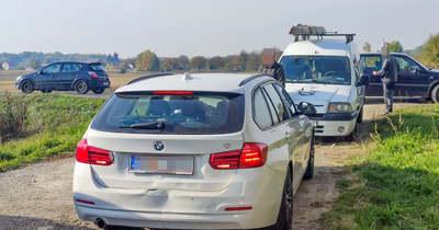 Ráfutásos balesetben két autó ütközött Gyöngyösfalu közelében