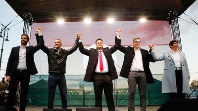 Kurtz ezredes (Kontra): Előbújt Farkasházy Tivadar, VV Zsolti, és Dévényi István is