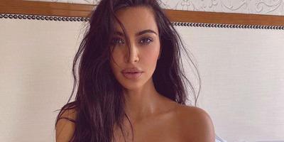 Kim Kardashian levetkőzött, egyből 4 millióan kedvelték