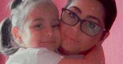 Fel akarja nevelni a pici lányát, rákkal küzd a fiatal tatabányai anyuka