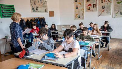 Magyar gyermekek diszkriminálása miatt fizet kártérítést Románia