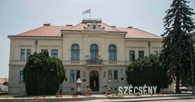 Újra kötelező lesz maszkot hordani a szécsényi polgármesteri hivatalban