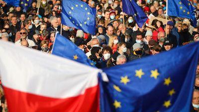 Napi 1 millió eurós bírságot rótt ki Lengyelországra az EU bírósága