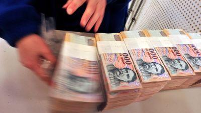 Szinte eldőlt: jövőre 200 ezer forintra emelkedik a minimálbér és 260 ezerre a garantált bérminimum