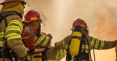 7 tűzoltóegység oltotta a lángokat Nagyigmándnál: terménytároló gyulladt ki