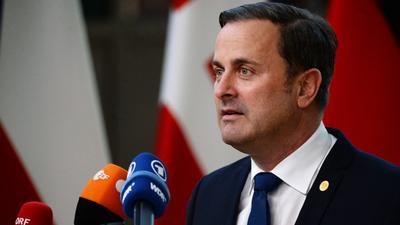 A luxemburgi sajtó plagizálással vádolja Xavier Bettel kormányfőt