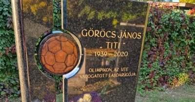 Szívszorító szavak, a magyar sztár sírjánál emlékezett a jóbarát