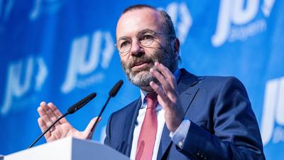 Manfred Weber uniós pénzt követel a határkerítésekre