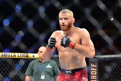 Veteránok csatáját hozza a UFC világbajnoki címmeccse