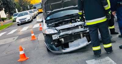 Két személygépkocsi ütközött össze Zalaegerszegen