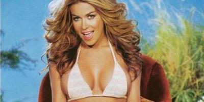 Terpeszben mutatta meg bikinis testét a Baywatch színésznője - fotók