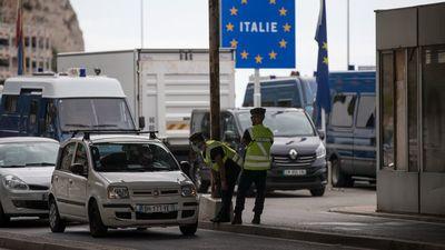 Lapozó: Elszabadult az erőszak az olasz–francia határon