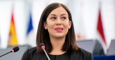 A NAV előtt a Cseh Katalin körüli botrány